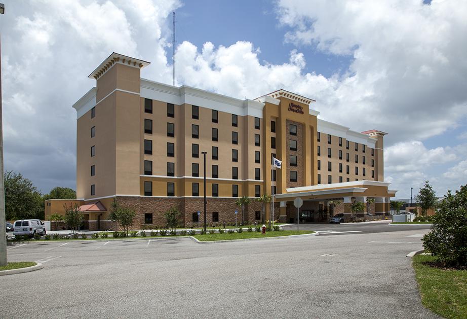 Small-hotel